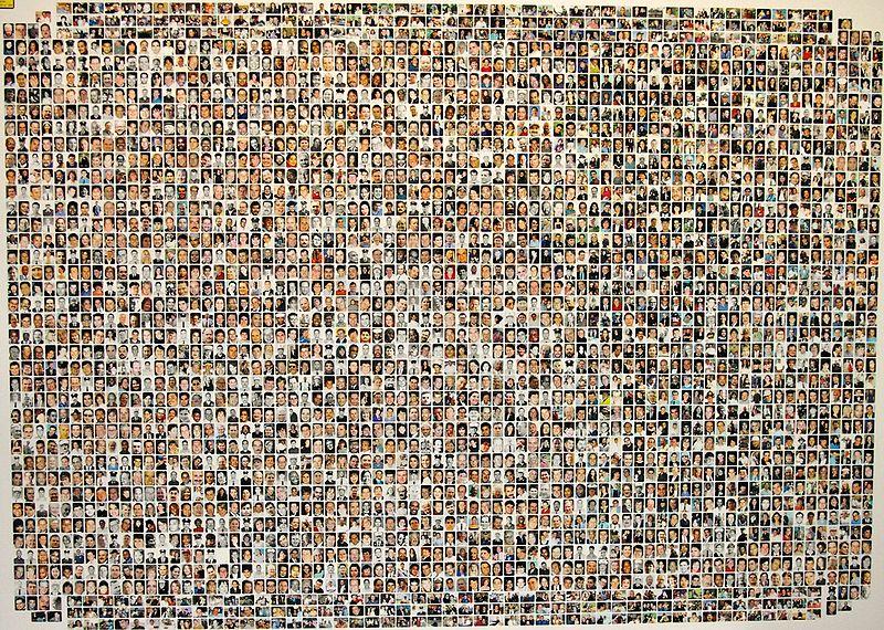 Foto di quasi tutte le vittime dell'attentato dell'11 Settembre 2001